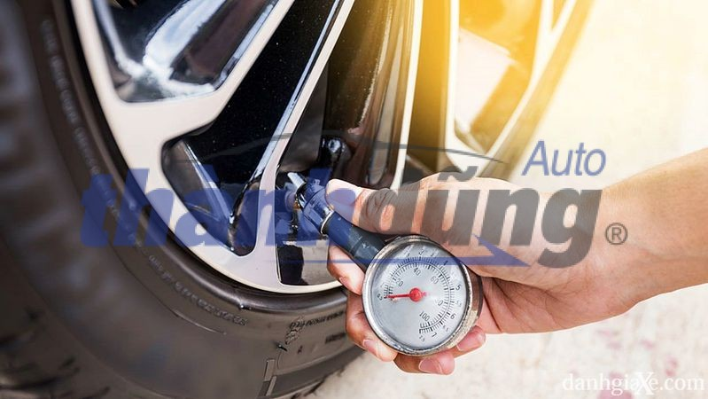 Nên trang bị áp suất lốp cho xe ô tô?