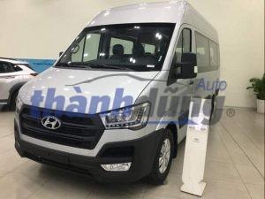 So sánh giữa Hyundai Solati và Ford Transit