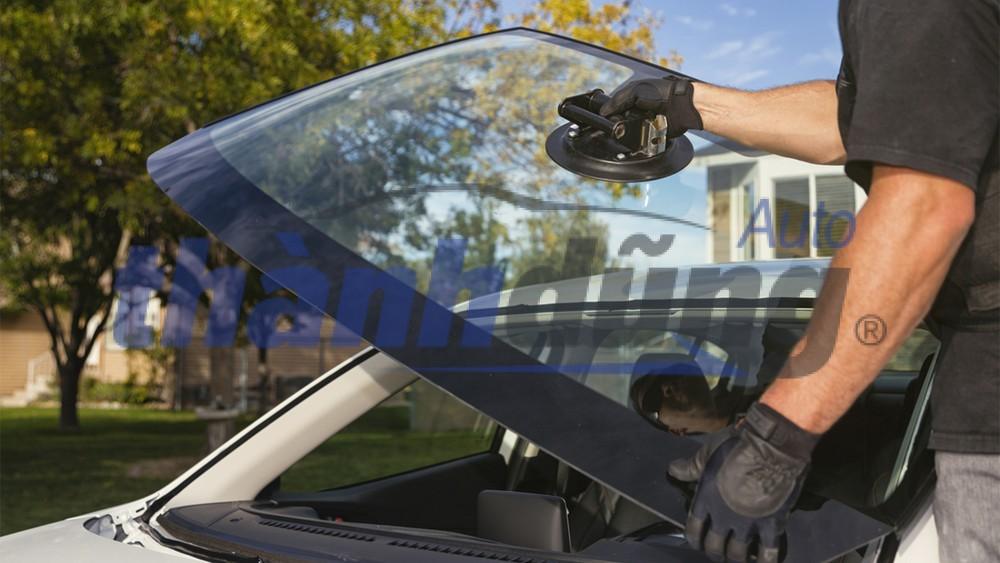 Hướng dẫn cách lắp kính ô tô tại nhà