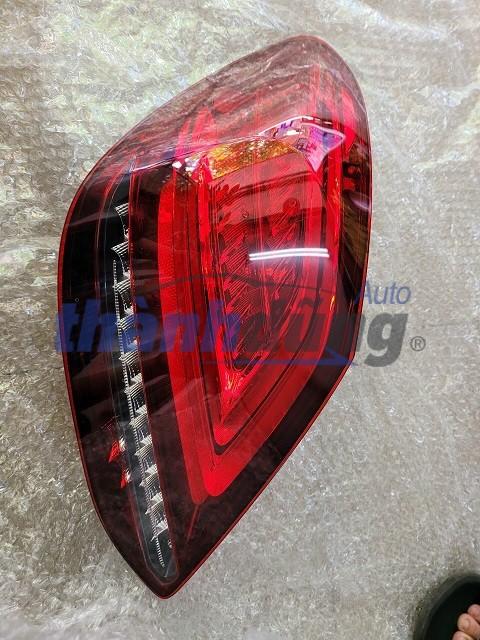 ĐÈN HẬU MERCEDES C200, C250, C300 AMG